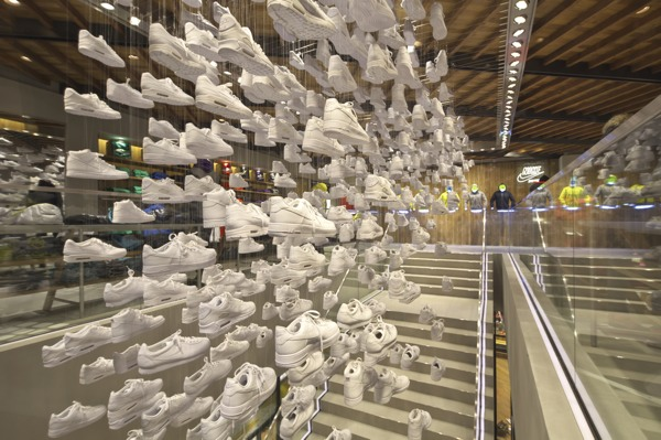 5656d3711302e5 Nike Flagship Store Harajuku - DDDREAMLAND